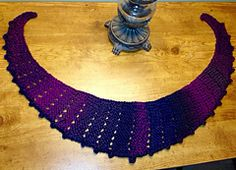 Ravelry: Poppy Neckerchief pattern by Renee Van Hoy ♥LLKW♥ with PDF pattern
