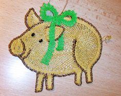 Zlaté prasátko podle předlohy p. Mihulkové  http://mihulkova.lace.cz/  bobbin lace patern by  Mihulkova