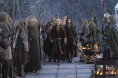 """""""Não existe triunfo sem perda, não há vitória sem sofrimento, não há liberdade sem sacrifício"""".    O Senhor dos Anéis - O Retorno do Rei."""