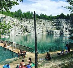 This Hidden Swimming Hole 30 Minutes From Ottawa Is The Perfect Summer Hangout Spot - Narcity Weekend Trips, Day Trips, Places To Travel, Places To See, Camping Places, Camping Gear, Kentucky Camping, Quebec Montreal, Ontario Travel