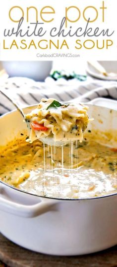 One Pot White Chicken Lasagna Soup (Video!) Easy One Pot White Chicken Lasagna Soup tastes just like creamy, comforting white chicken lasagna without all the layering or dishes! Slow Cooker Soup, Slow Cooker Recipes, White Chicken Lasagna, Chicken Lasagne, Chicken Soups, Rotisserie Chicken, Chicken Alfredo Soup Recipe, Easy Chicken Noodle Soup, White Chicken Chilli