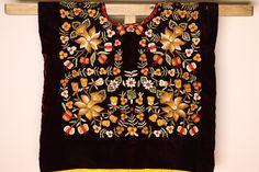 Bordado a mano  terciopelo boda, Huipil de Tehuana blusa boho flores bordadas Frida Kahlo blusa Folk, Oaxaca Mexico de CadenillayFlores en Etsy