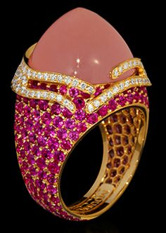 """Mousson Atelier New Age Collection """"""""Fuji"""""""" Gold 750 Pink Quartz and Sapphire Ring featuring 19.40ct Pink Quartz, 6.38ct Pink Sapphire and 0.83ct Diamond; 12.92g total weight"""