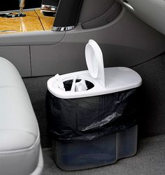 Organization Tips for Moms: Car Trash Can (Mom Made Easy)
