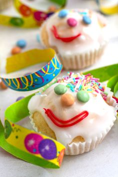 Party, Cupcakes, Desserts, Food, Children, Sprinkles, Food Portions, Food Food, Tailgate Desserts