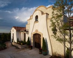 Spanish Colonial Revival Houses