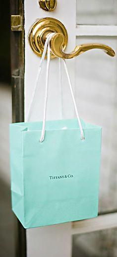 Turquoise | Aqua | Tiffany's paper bag