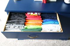 Boys t-shirt drawer, Home Organization - The KonMari Method of folding clothes helps us keep our dresser drawers neat, t Kids Clothes Organization, Small Bedroom Organization, Dresser Organization, Bedroom Storage, Bedroom Decor, Bedroom Ideas, Organization Ideas, Bedroom Drawers, Storage Ideas