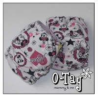 Cute cloth diapers made out of minnie mouse fabric! Ai2 (all-in-two) and hybrid fitted with bamboo hemp soakers.