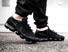 NIKE Air VaporMax Original New Arrival Men Running Shoes Mesh Breathable Massage Outdoor Support Sports Sneakers Air Max Sneakers, All Black Sneakers, Sneakers Nike, Sneakers Design, Zara Sneakers, Gucci Sneakers, Nike Air Force, Nike Air Vapormax, Nike Air Max Mens