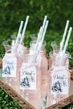 """Alice in Wonderland"" themed refreshments for a bridal shower….ive always wanted an alice tea party Alice Tea Party, Tea Party Theme, Disney Bridal Showers, Alice In Wonderland Birthday, Alice In Wonderland Party Ideas, Alice In Wonderland Flowers, Mad Hatter Tea, Mad Hatters Tea Party, Wedding Themes"