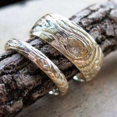 wedding band set GOLD wood grain PLYWOOD 14 kt yellow faux bois, made to order. $1,250.00, via Etsy.