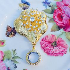 Golden Poppy Rhinestone Brooch Memory by MoniquesBijouxStudio