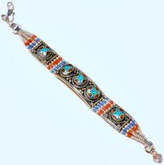 Armband mit Türkis & Koralle & Lapislazuli  Breite ca. 17 mm  Länge ca. 21 cm  Hakenverschluss  245 Karat  Tibet-Silber  Handgefertigt in Indien #JOY #Einzelstücke #Tibetanisch #Armband #Bracelet #Türkis #Koralle #coral #turquoise #tibetian #handgefertigt #handmade #handmadejewelry #jewelry #Einzelstück #fashion #Lifestyle #onlineshopping #Geschenk #Geschenkidee #gift #Schmuckliebe Tibet, Friendship Bracelets, Beaded Bracelets, Jewelry, Indian, Teal Coral, Coral Jewelry, Handmade Jewelry, Bangle