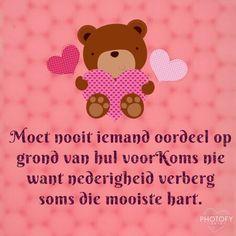 Oulik prentjie! Winnie The Pooh, Disney Characters, Fictional Characters, Winnie The Pooh Ears, Fantasy Characters, Pooh Bear