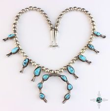 Beautiful Vintage Navajo Turquoise Squash Blossom Necklace Sterling Silver 92.5