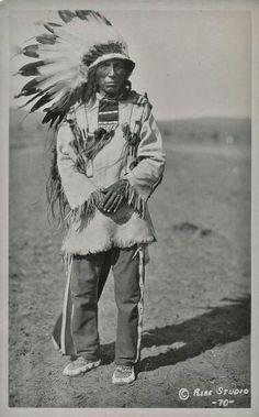 Native American Indian - Old Photos  Wasu Maza (aka Iron Hail, aka Dewey Beard) - Mniconjou - circa 1940