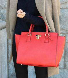 Ethical Street Style: Carrying a #vegan Angela Roi bag from @shopethica