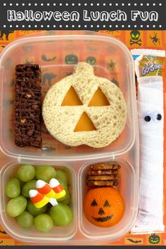 Spooky Halloween fun for your child's lunch.  More ideas @ GoGURT.com