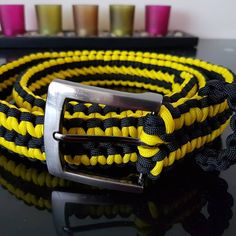 Paracord Belt - idea para hacer cinturones con paracord Paracord Belt, Accessories, Fashion, Shopping, Moda, Fashion Styles, Fashion Illustrations, Fashion Models, Ornament