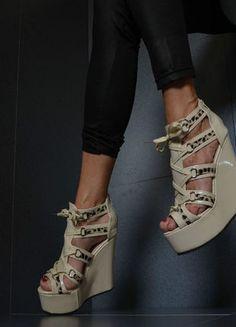 Kup mój przedmiot na #Vinted http://www.vinted.pl/kobiety/sandaly/8450511-sandaly-beige-sandalki-letnie-koturny-roz36