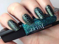 Glitter and crackle nail polish