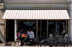Arlo & Moe in London Coffee Shop Interior Design, Cafe Interior, Cafe Design, Restaurant Exterior, Cafe Restaurant, Restaurant Design, Shop Awning, Hipster Coffee Shop, Fabric Awning