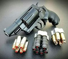 A revolver that also fires shotgun shells. Weapons Guns, Guns And Ammo, Zombie Weapons, Zombie Apocalypse, Smith And Wesson Governor, Smith Wesson, 410 Shotgun, Bullpup Shotgun, Custom Guns