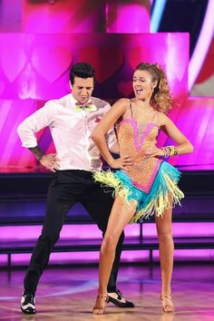 Cha Cha - Mark Ballas & Sadie Robertson (Season 19, Week 1)