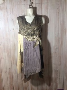 Le chouchou de ma boutique https://www.etsy.com/ca-fr/listing/593482753/tunique-robe-up-cycled-clothing-gypsie