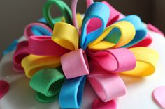 Bow loops cake 3 by sweetius.com, via Flickr Cake Decorating, Bows, Cakes, Bowties, Bow, Pastries, Torte, Ribbon, Cookies