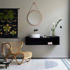 """142 likerklikk, 4 kommentarer – Loof (@loof.furniture) på Instagram: """"Recently @novemberstudio opened their beautiful new studio in Berlin. In the white-walled space…"""""""