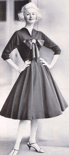 Pauline Trigere 1959