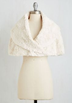 Song and Elegance Capelet - 1, Faux Fur, Short, Cream, Solid, Special Occasion, Luxe, Fall, Winter, Holiday Party, 30s, SF Fit Shop, Valentine's