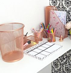 When Your Desk Accessories Are On Point Pen Holder 2