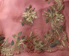 Embroidery Suits Design, Hand Embroidery Designs, Embroidery Saree, Beaded Embroidery, Indian Suits, Indian Wear, Punjabi Suits Designer Boutique, Chanderi Suits, Suit Pattern
