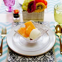 Zigzag and Damask Paper Placemat, Melon Parfait ジグザグ&ダマスク柄のペーパーランチョンマットとメロンパフェ♪