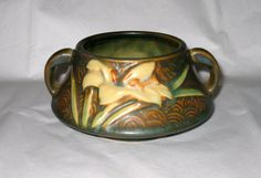 ROSEVILLE Brown Zephyr Lily 1940s Open Sugar by CookieGrandma60, $69.00