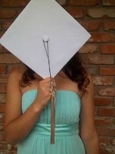 Graduation picture Cap and gown Senior High school College Graduation Photos, College Senior Pictures, Senior Photos, Grad Pics, Graduation Pictures, Graduation Ideas, Senior 2015, Senior Year, Picture Ideas