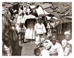 CROWDED SIDE STREET in 1904 PYONGYANG, KOREA | George Rose stereocard—see back