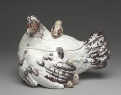 Hen and Chicks Tureen (lid), c. 1755 Chelsea Porcelain Factory