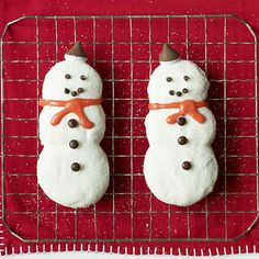 Cute Snowman Cookies by All You. Dress up refrigerated sugar cookie dough to make these cute snowman cookies. Let your kids give them personality by decorating with holiday candies.