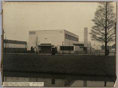 Kerk Hersteld Apostolische Gemeente Kiefhoek, 1928. Architect: J.J.P. Oud.