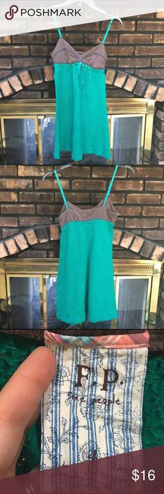 Free People jade green sundress Free People jade green sundress. Adjustable straps. Embroidered tie details. Small bleach spot on back. Fully lined. I'm open to reasonable offers and give bundle discounts! 😊☮️💜✌️ Free People Dresses