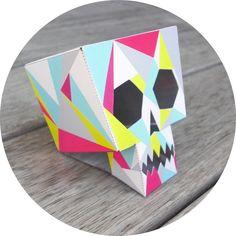 LornaLove FREE skull printable - nzgirl