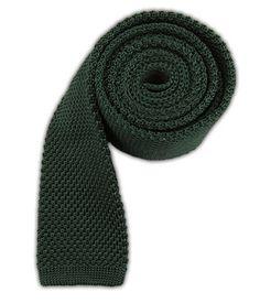 The Tie Bar: Knitted - Hunter Green Classic Fashion, Classic Style, My Style, Cool Ties, Hunter Green, My Favorite Color, Gentleman, Legends, Burgundy