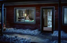 gregory crewdson 06 Les scènes de vie de Gregory Crewdson  photo photographie art