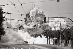 Odstrel budovy nad rohom ulíc Šancová - Smrečianska r. 1971 Bratislava, Clouds, Black And White, Outdoor, Inspiration, Times, Retro, Pictures, Outdoors