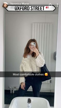 Cute Instagram Captions, Girl Inspiration, Comfortable Outfits, Veronica, Mario, Oxford, Fashion Outfits, My Style, Clothes