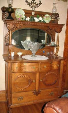 1920's French buffet (reminds me of the one my Granny had and was passed down but not to me unfortunately.)